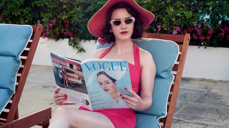 In foto Rachel Brosnahan (30 anni) Dall'articolo: Gli applausi non bastano mai. La stagione 3 de La fantastica signora Maisel è ora su Prime Video.