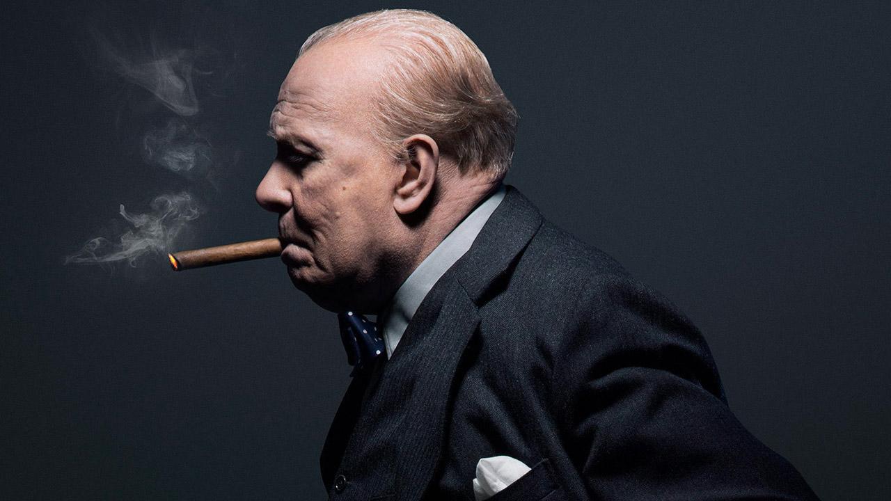 In foto Gary Oldman (63 anni) Dall'articolo: L'ora più buia, Churchill e la Germania nazista, quella lungimiranza che cambiò la Storia.
