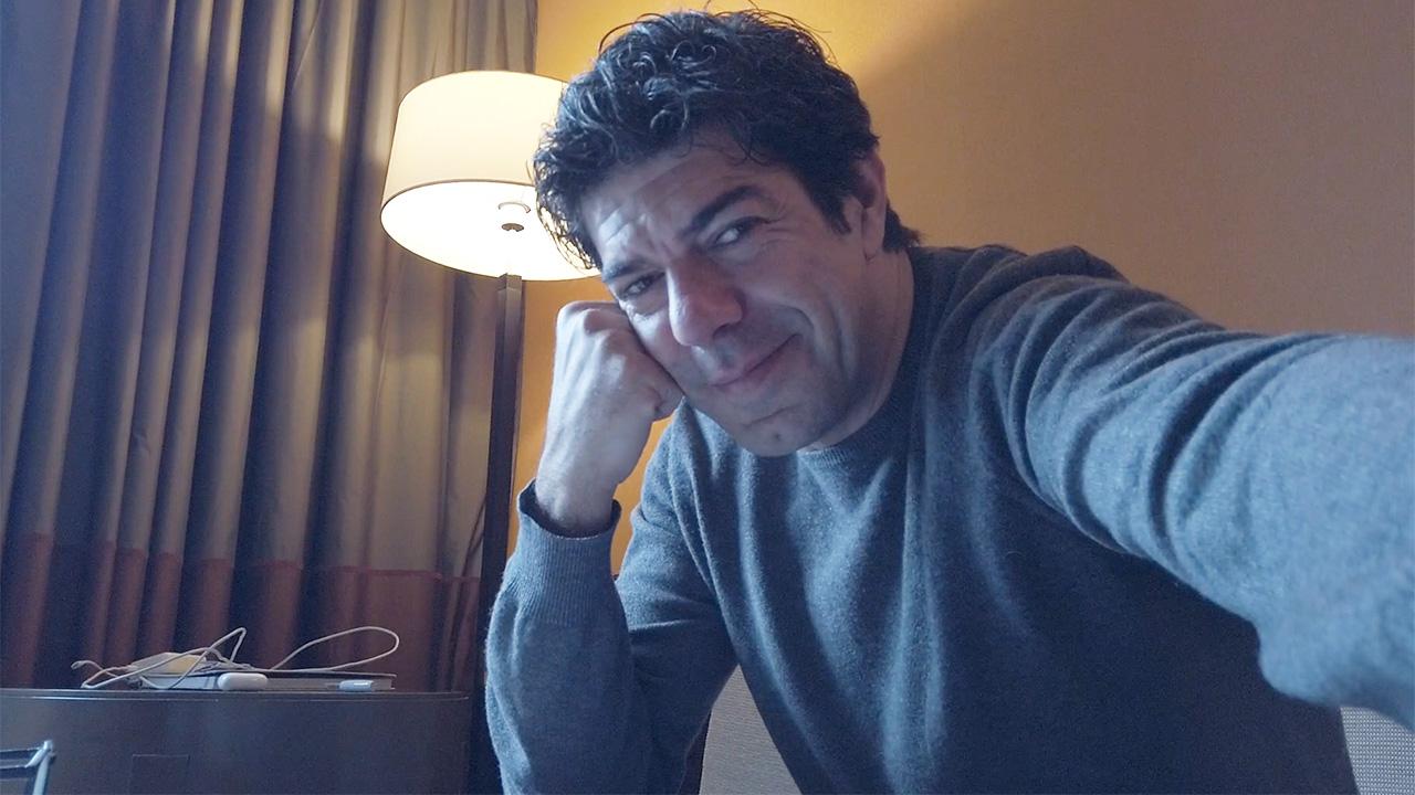 In foto Pierfrancesco Favino (51 anni) Dall'articolo: Il diario di Hammamet - La paura dell'inizio.