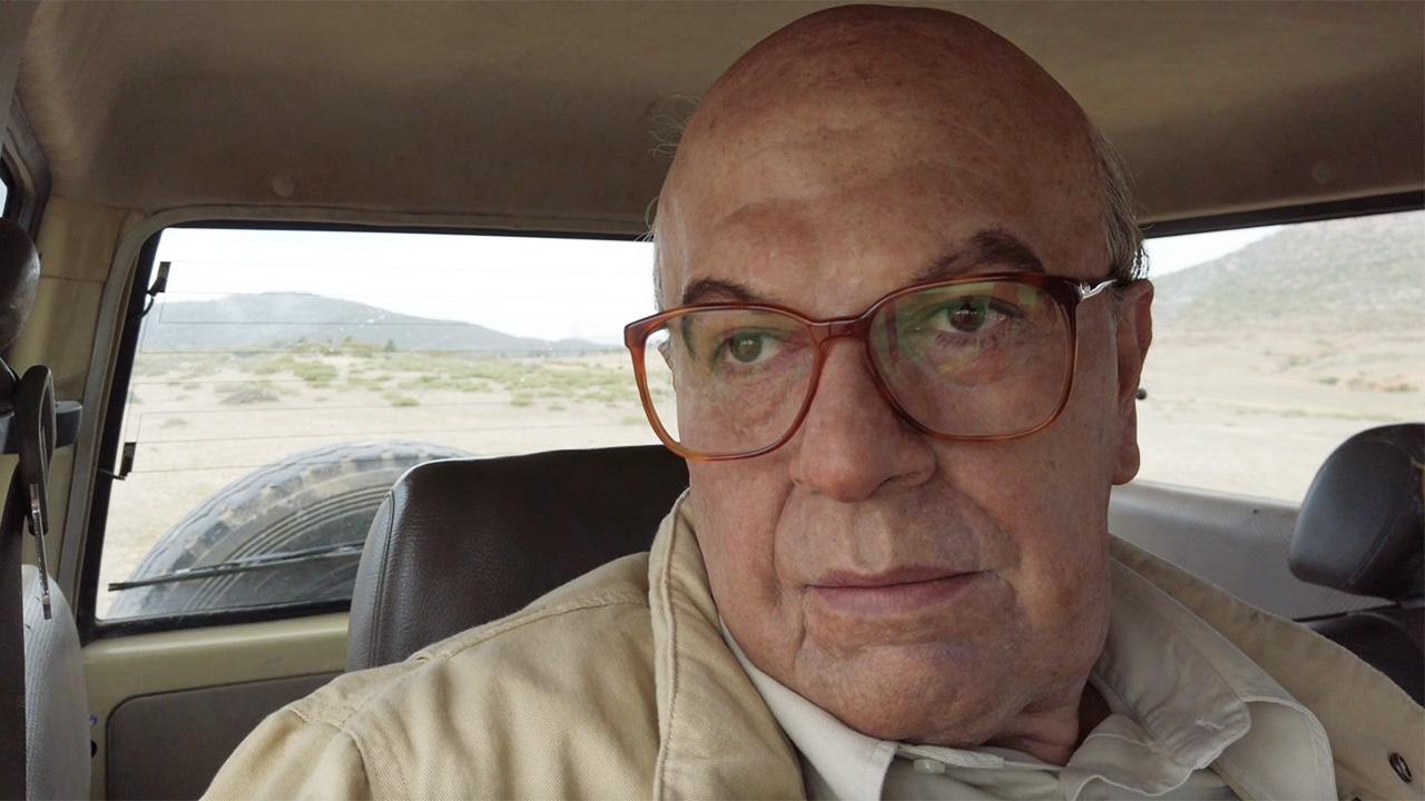 In foto Pierfrancesco Favino (51 anni) Dall'articolo: Il diario di Hammamet - Il senso del silenzio.