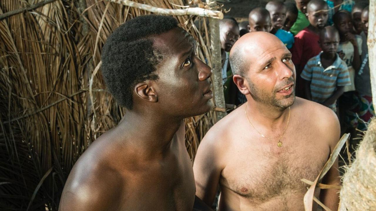 In foto Checco Zalone (43 anni) Dall'articolo: Tolo Tolo, il cambio rotta di Checco Zalone.