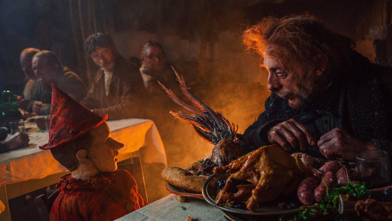 In foto Massimo Ceccherini (55 anni) Dall'articolo: Complimenti al cinema italiano, unico a resistere all'invasione Usa natalizia.