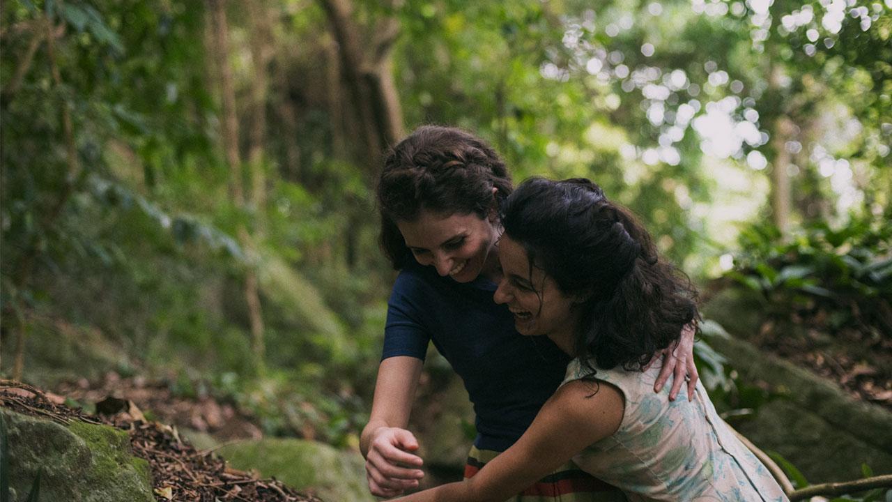 -  Dall'articolo: La vita invisibile di Eurídice Gusmão, su IBS il DVD del film premiato a Cannes.