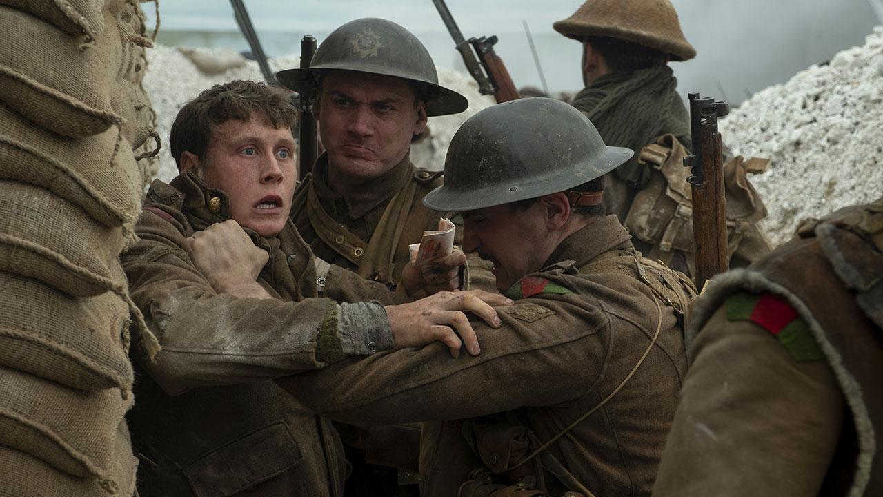 -  Dall'articolo: Corre, salta, schiva. 1917 al suo debutto al cinema è già primo.