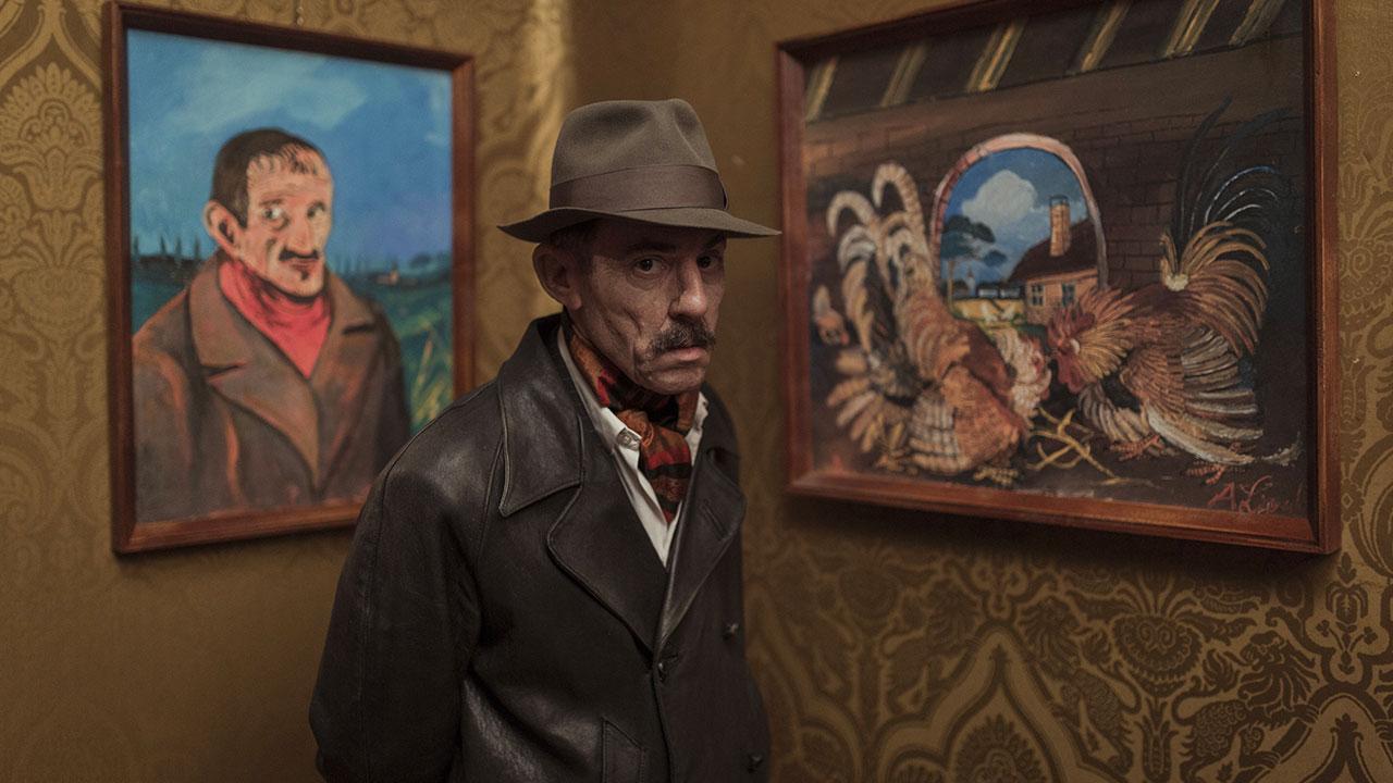 In foto Elio Germano (41 anni) Dall'articolo: Volevo nascondermi, il trailer ufficiale del film [HD].