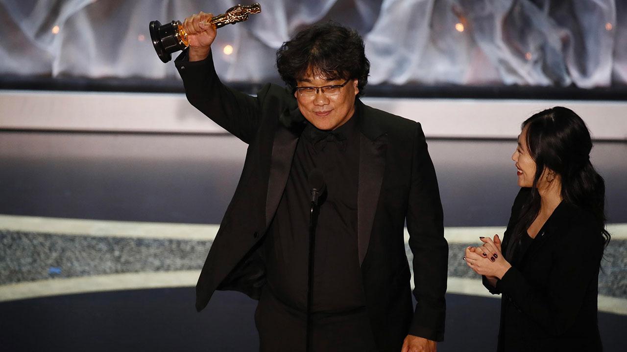 -  Dall'articolo: Parasite vince il premio Oscar come Miglior Film.