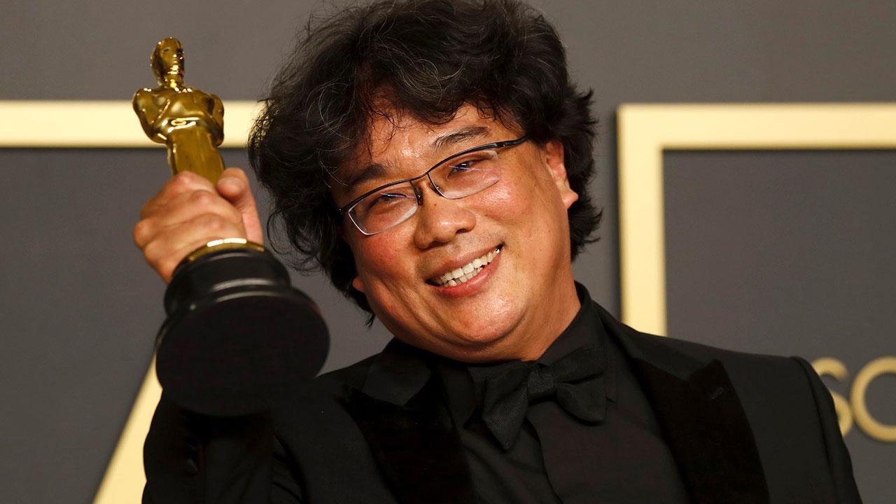 In foto Bong Joon-ho (51 anni) Dall'articolo: Oscar 2020, irruzioni dal 'sottosuolo'. Vittoria storica per Parasite.