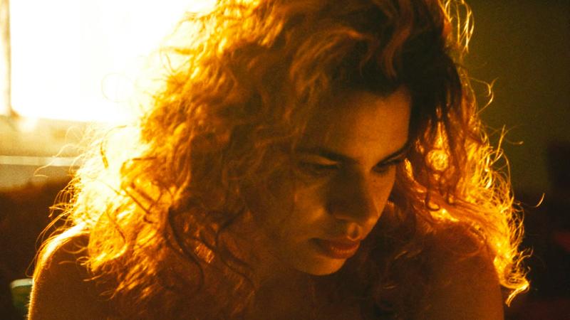 In foto Alina Serban Dall'articolo: Sola al mio matrimonio, guarda l'inizio del film diMarta Bergman [HD].