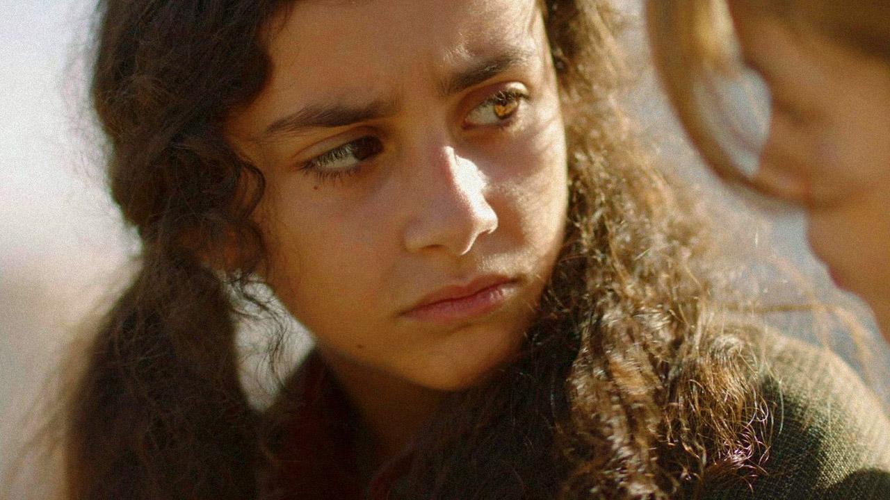 In foto Marta Castiglia Dall'articolo: Picciridda - Con i piedi nella sabbia, guarda l'inizio del film [HD].