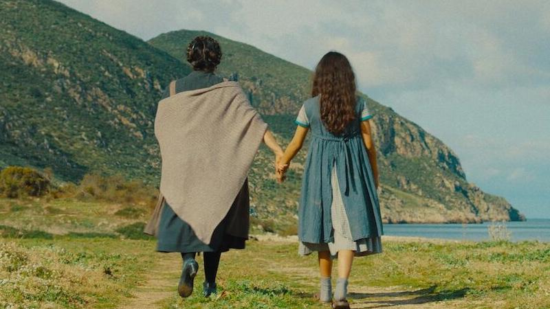 In foto Lucia Sardo (69 anni) Dall'articolo: Picciridda - Con i piedi nella sabbia, guarda l'inizio del film [HD].