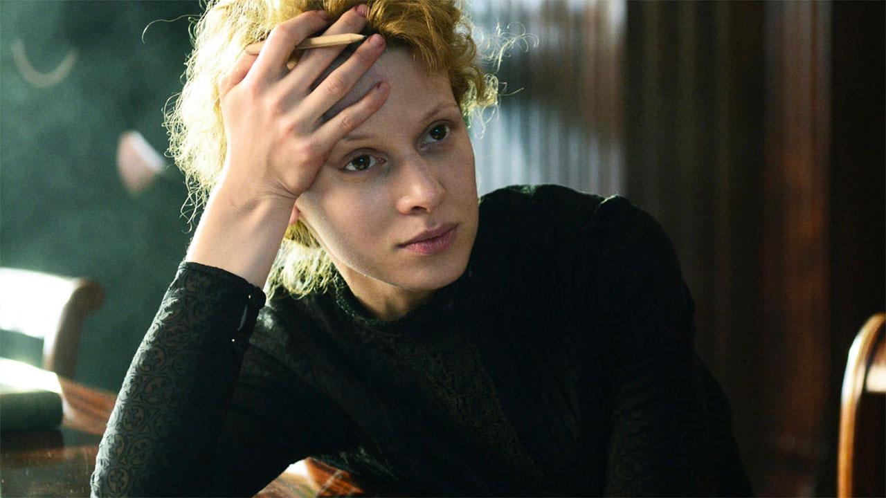 Marie Curie, il trailer italiano del film [HD] - MYmovies.it
