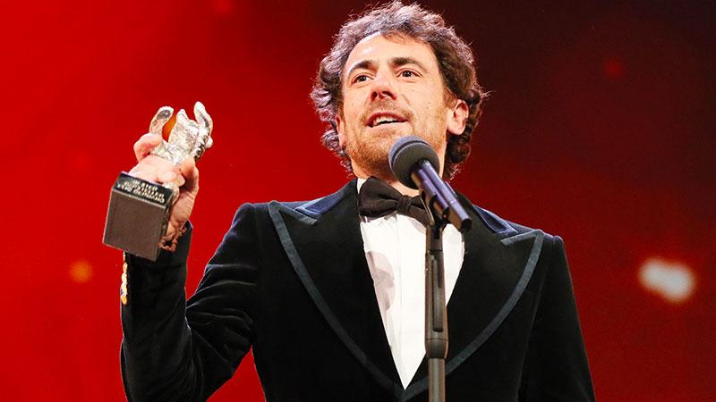 L'Italia conquista la Berlinale. Premiati Elio Germano e i fratelli D'Innocenzo