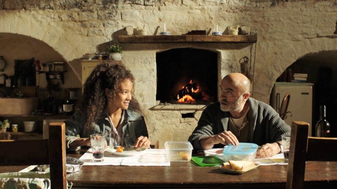Bar Giuseppe, il trailer del film su un amore senza condizioni