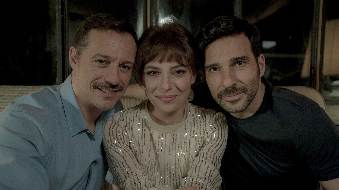 In foto Edoardo Leo (49 anni) Dall'articolo: La Dea Fortuna, un film dall'energia vitale capace di mostrare il cuore.