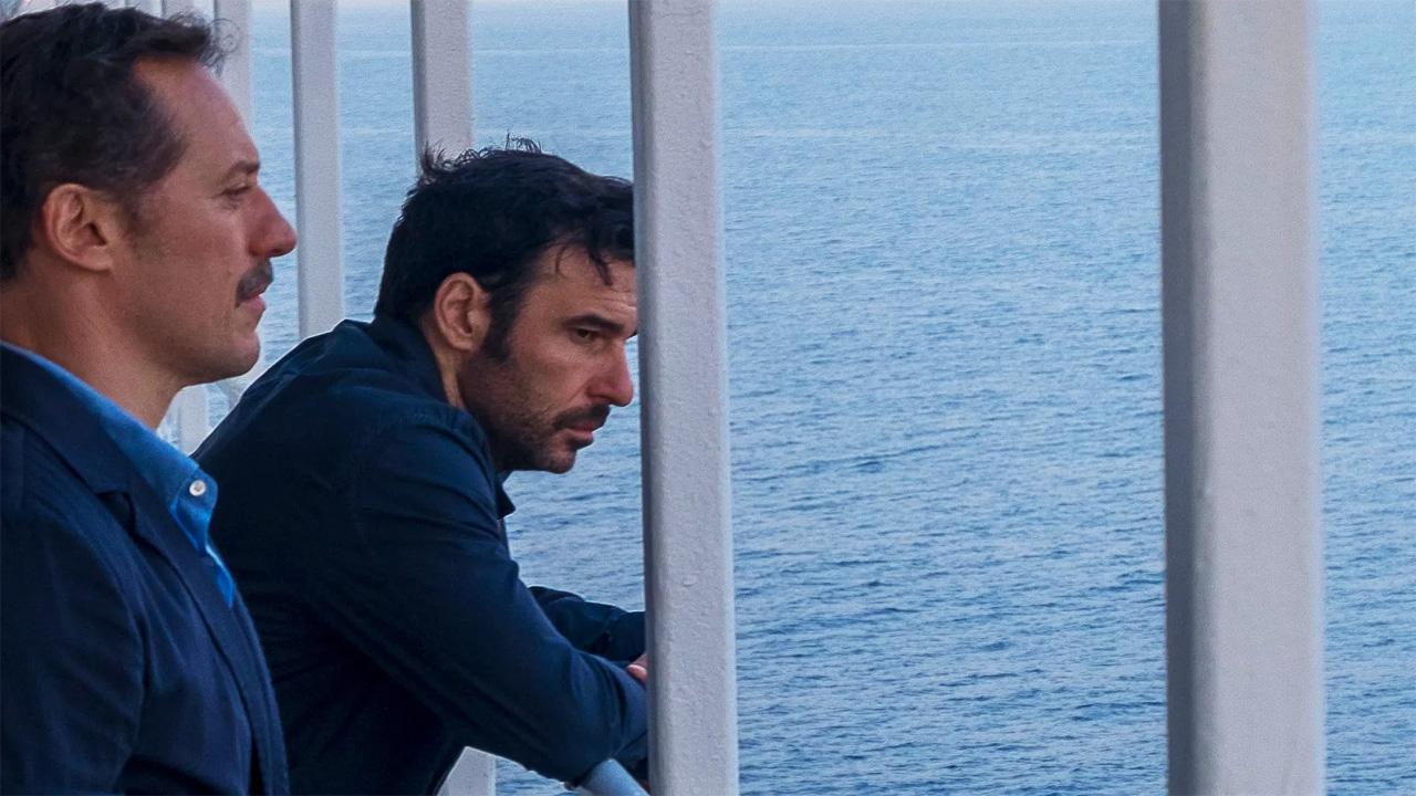 In foto Edoardo Leo (49 anni) Dall'articolo: Classifica corta al box office: La dea fortuna la spunta su Parasite.