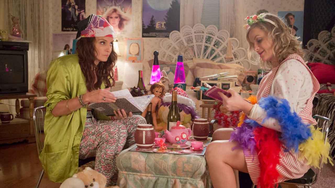 In foto Tina Fey (51 anni) Dall'articolo: Le sorelle perfette, il party che non ti aspetti.