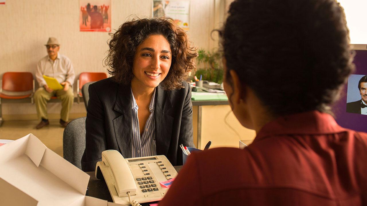 In foto Golshifteh Farahani (38 anni) Dall'articolo: Un divano a Tunisi, il trailer italiano del film [HD].