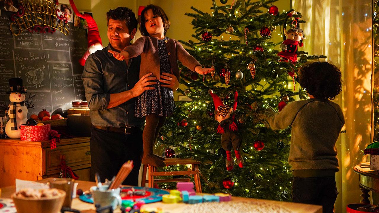 10 giorni con Babbo Natale, il teaser trailer del film [HD ...