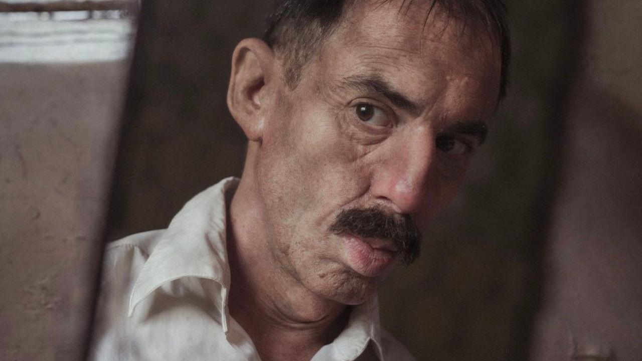 In foto Elio Germano (41 anni) Dall'articolo: Volevo nascondermi, su IBS il DVD del film con un grande Elio Germano .