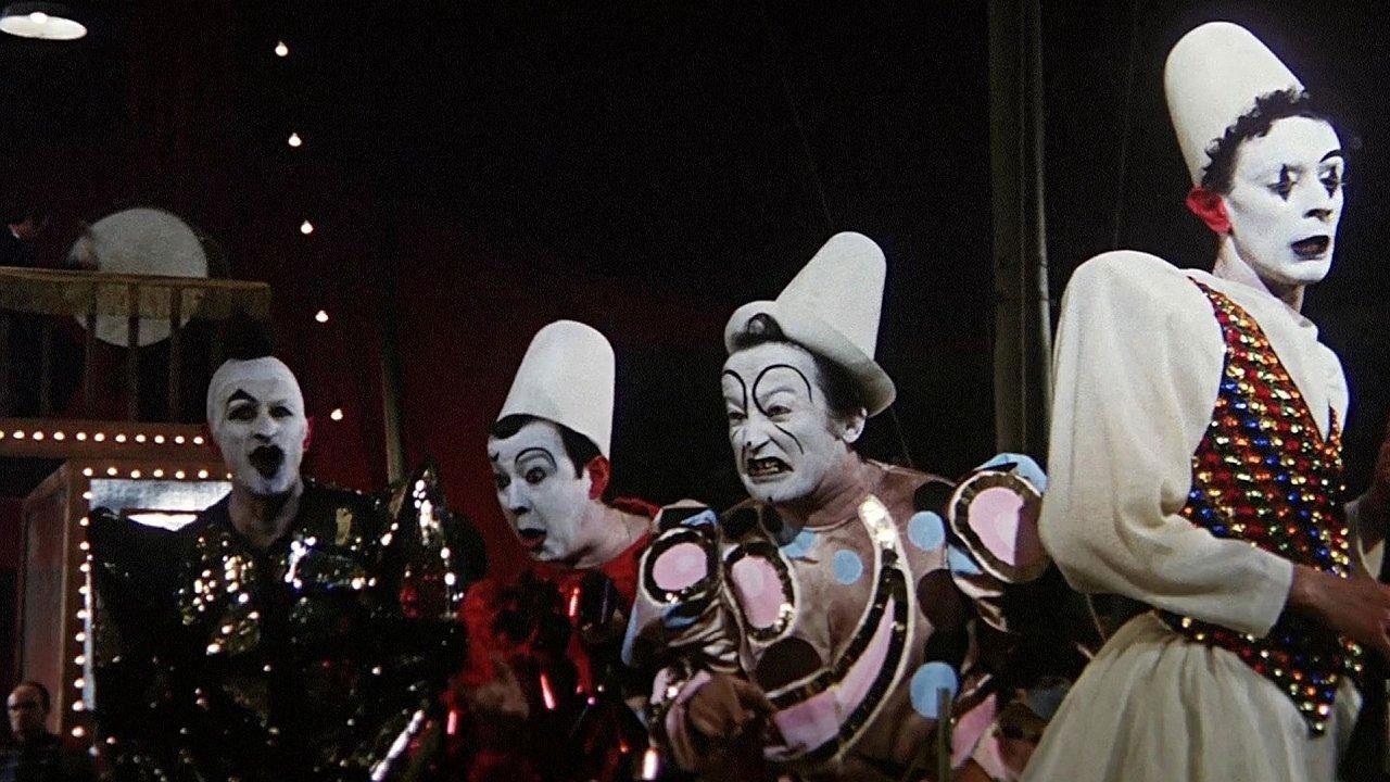 -  Dall'articolo: Cinquant'anni fa i Clowns, il film più amato da Fellini.