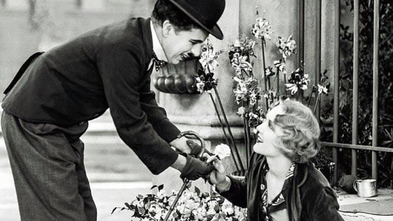 In foto Charles Chaplin Dall'articolo: Le festività speciali del Cinema ritrovato su MYmovies: piccoli e grandi capolavori da riscoprire.