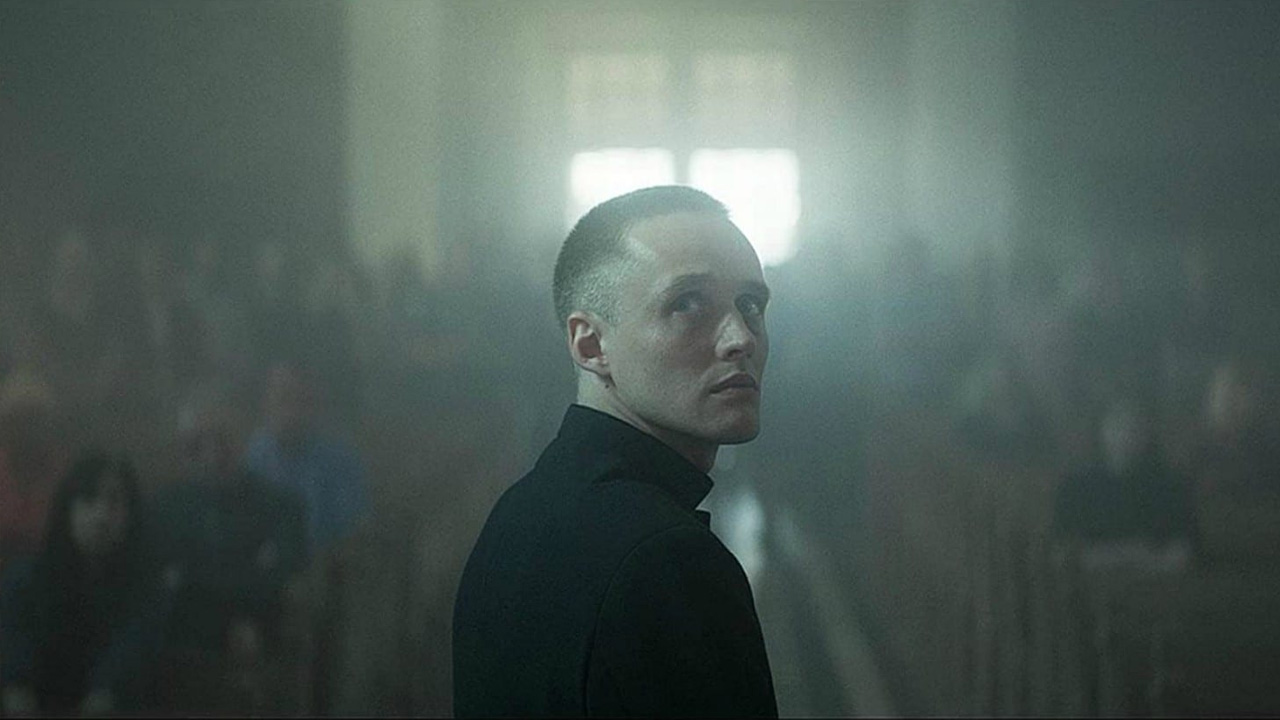 -  Dall'articolo: Corpus Christi, guarda l'inizio della vera storia di un 'prete abusivo'.