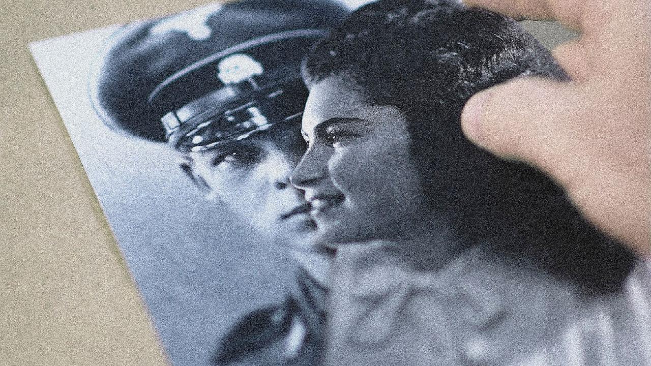 Se questo è amore, indagine avvincente e creativa su una relazione proibita nata ad Auschwitz.