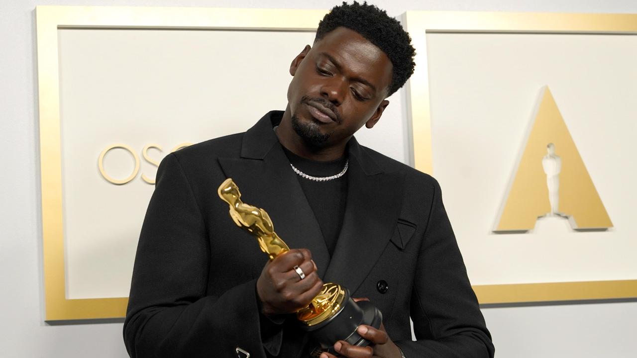 Oscar 2021, a Daniel Kaluuya il premio come Miglior attore non protagonista per Judas and the Black Messiah