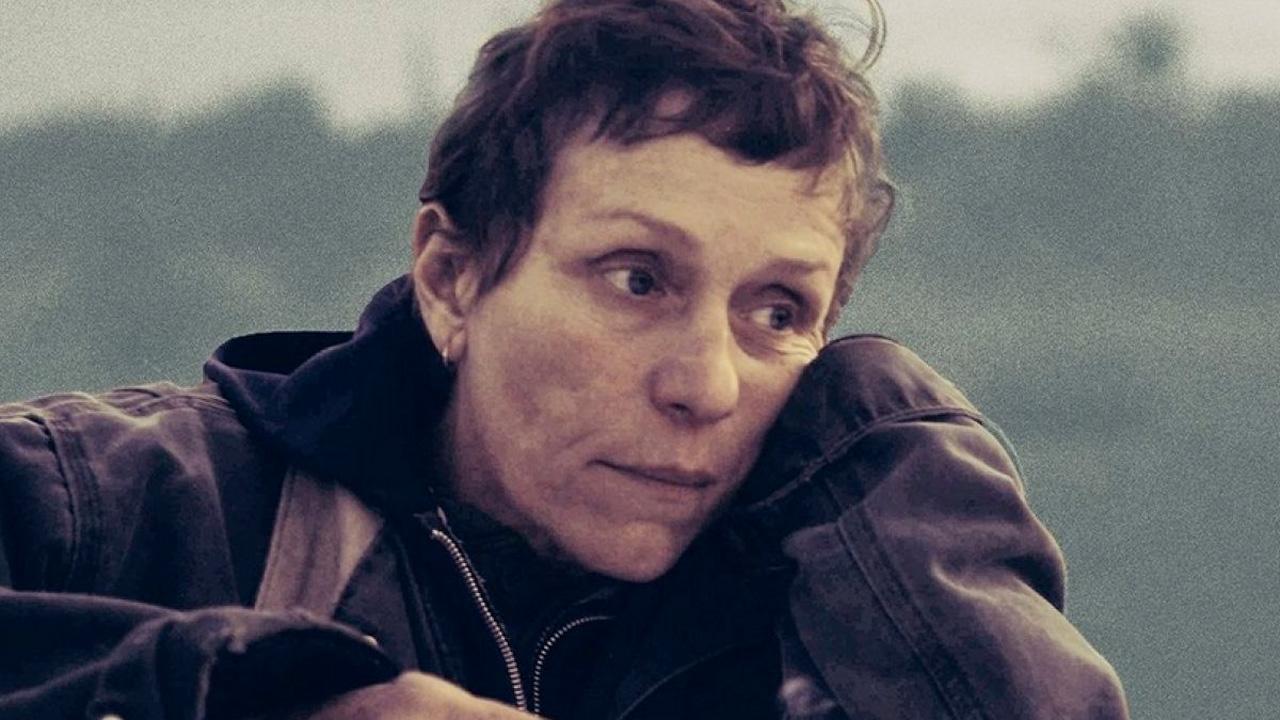 In foto Frances McDormand (64 anni) Dall'articolo: Box Office: Nomadland può diventare il primo film milionario del 2021.