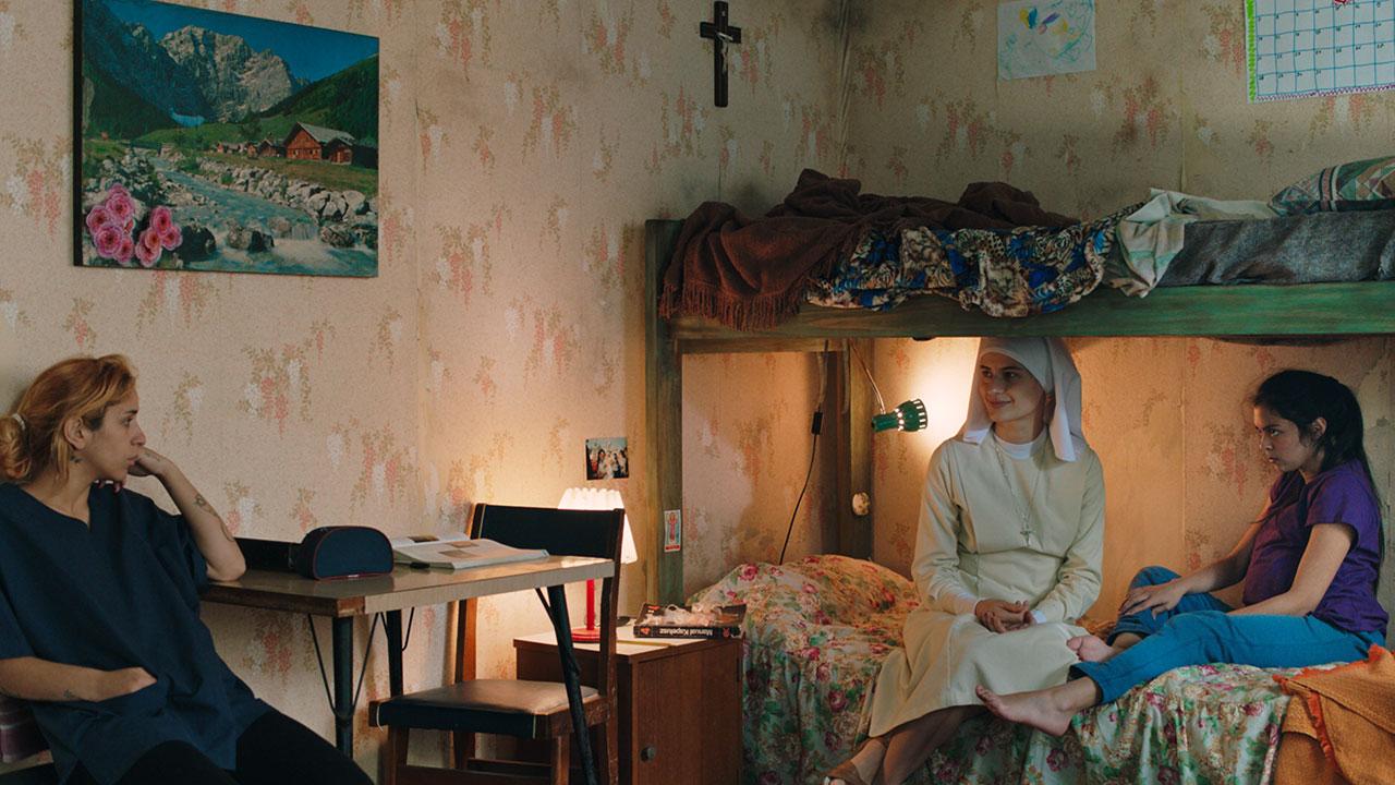 -  Dall'articolo: Maternal, il trailer italiano del film [HD].