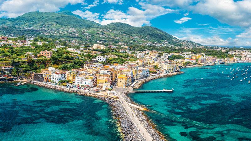 Ischia Global Fest, tutte le strade da percorrere online su MYmovies