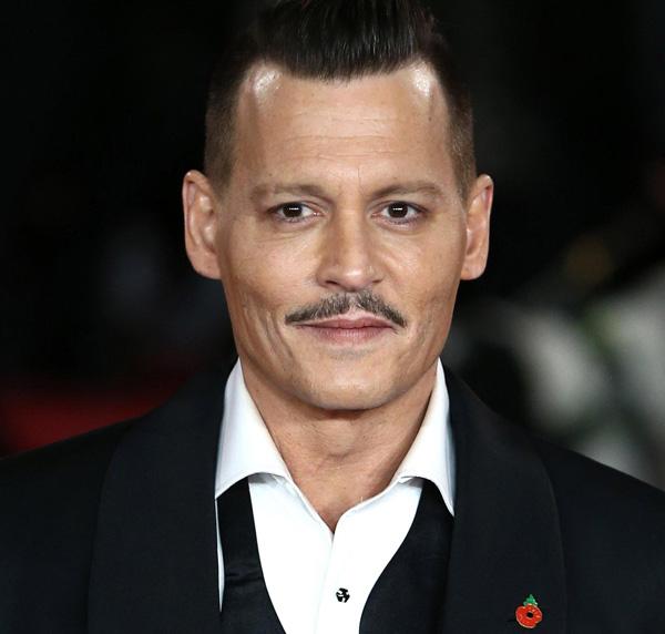 Frasi Sul Sorriso Johnny Depp.Johnny Depp Mymovies