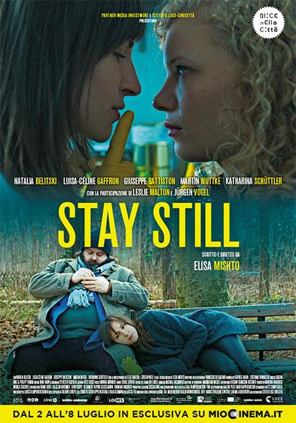 #Stay Still, un racconto di folle normalità
