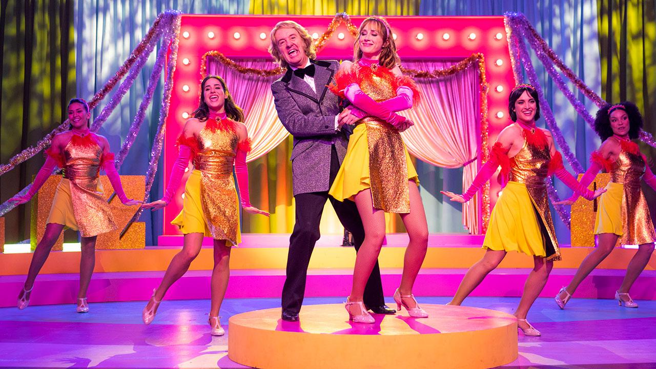 Ballo Ballo, una commedia musicale 'fuori sync', orfana di emozioni autentiche