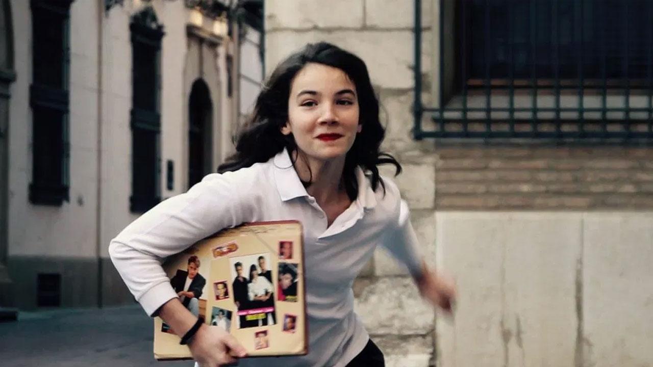 Las Niñas, la storia di formazione e (dis)educazione di un'adolescente sensibile
