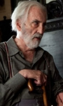 The Resident: prime immagini di Jeffrey Dean Morgan