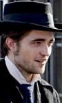 Bel Ami: le foto di Pattinson sul set di Londra e di Budapest