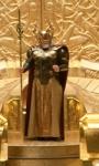 Thor: Frigga, Hogun e Fandral nella sala del trono di Asgard