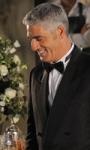 Matrimonio a Parigi, i guai di un piccolo imprenditore milanese