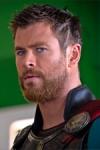 Negli Usa arriva fra qualche giorno ma Thor si è già preso il resto del mondo