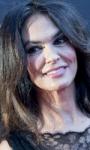 Maria Grazia Cucinotta, madre in fuga in Forse è solo mal di mare
