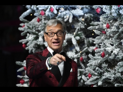 Siani Regali Di Natale.Paul Feig E Siani Re Della Commedia A Capri Mymovies It